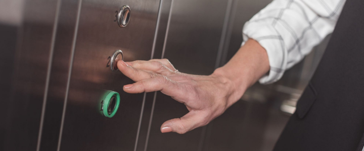 obligatorio poner un ascensor en la comunidad de propietarios